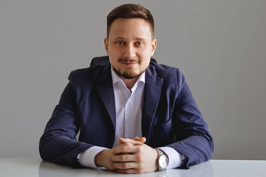 Марк Елисеев